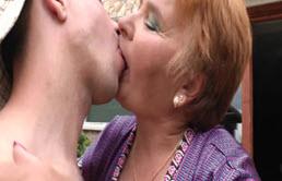 Il faut laisser faire grand mère