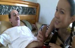 Grand père baiseur