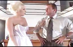 Une jeune mariée se fait baiser par son beau père