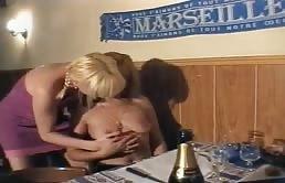 Vidéo porno française où la soeur est baisée