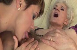 maman aime la chatte porno