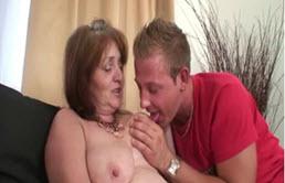 Profitons un peu de la belle mère