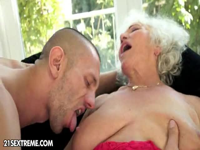 TrГЁs vieux maman sexe