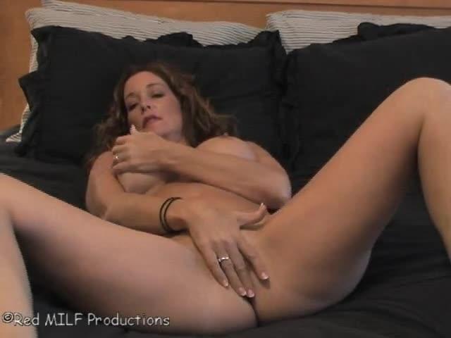 elle se masturbe pour la premiere fois bonne baise mature