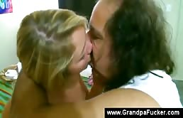 Le baiseur qu'est mon grand père